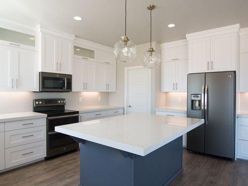 Kitchen-in-Redwood Estates Plan 3294-at-Redwood Estates-in-Saint George