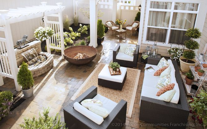The Courtyards at Blume Point