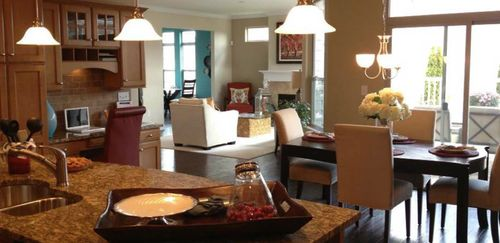 Dining-in-Palazzo-at-The Villas at Carriage Hills and West Georgia-in-Simpsonville