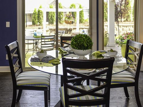 Dining-in-Portico-at-Fairway Estates at Catawba Island Club-in-Port Clinton