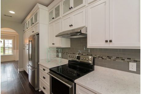 Kitchen-in-Hilton-at-Dunham Marsh-in-Richmond Hill