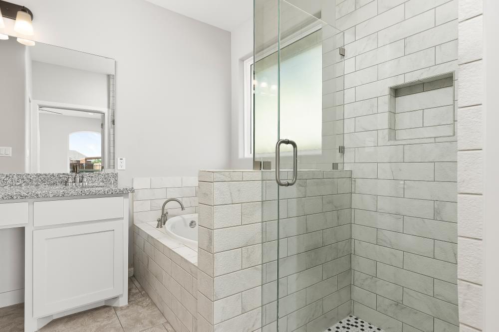 Bathroom featured in the Antonio By Esperanza in Rio Grande Valley, TX