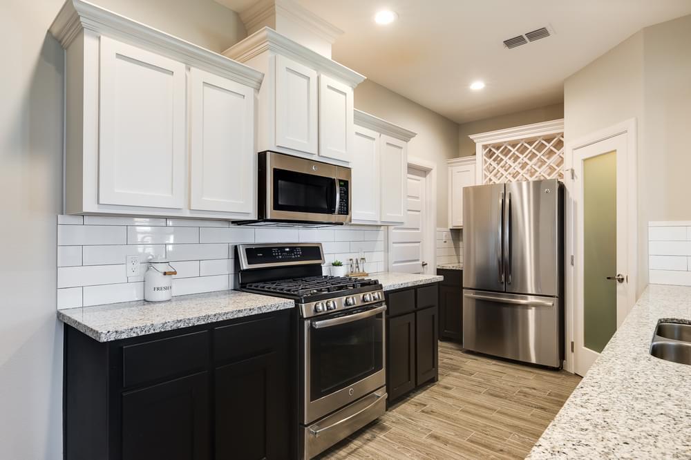 Kitchen featured in the Rosario By Esperanza in Rio Grande Valley, TX