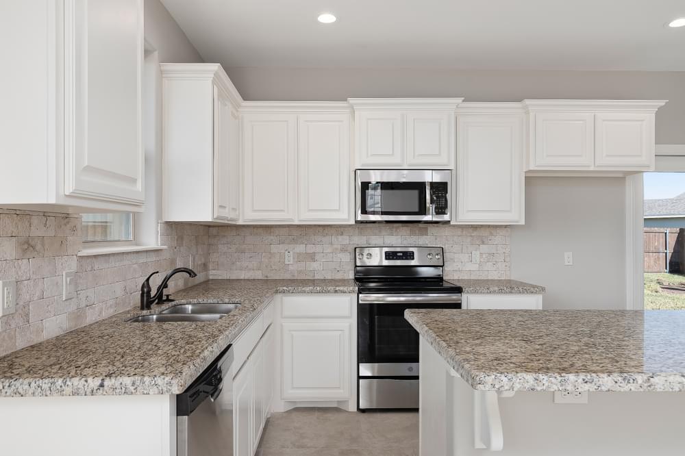Kitchen featured in the Acuna By Esperanza in Rio Grande Valley, TX
