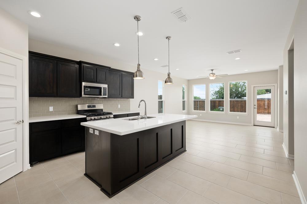 Kitchen featured in the Monte By Esperanza in Rio Grande Valley, TX