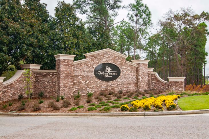 Entrance:Woodcreek Farms