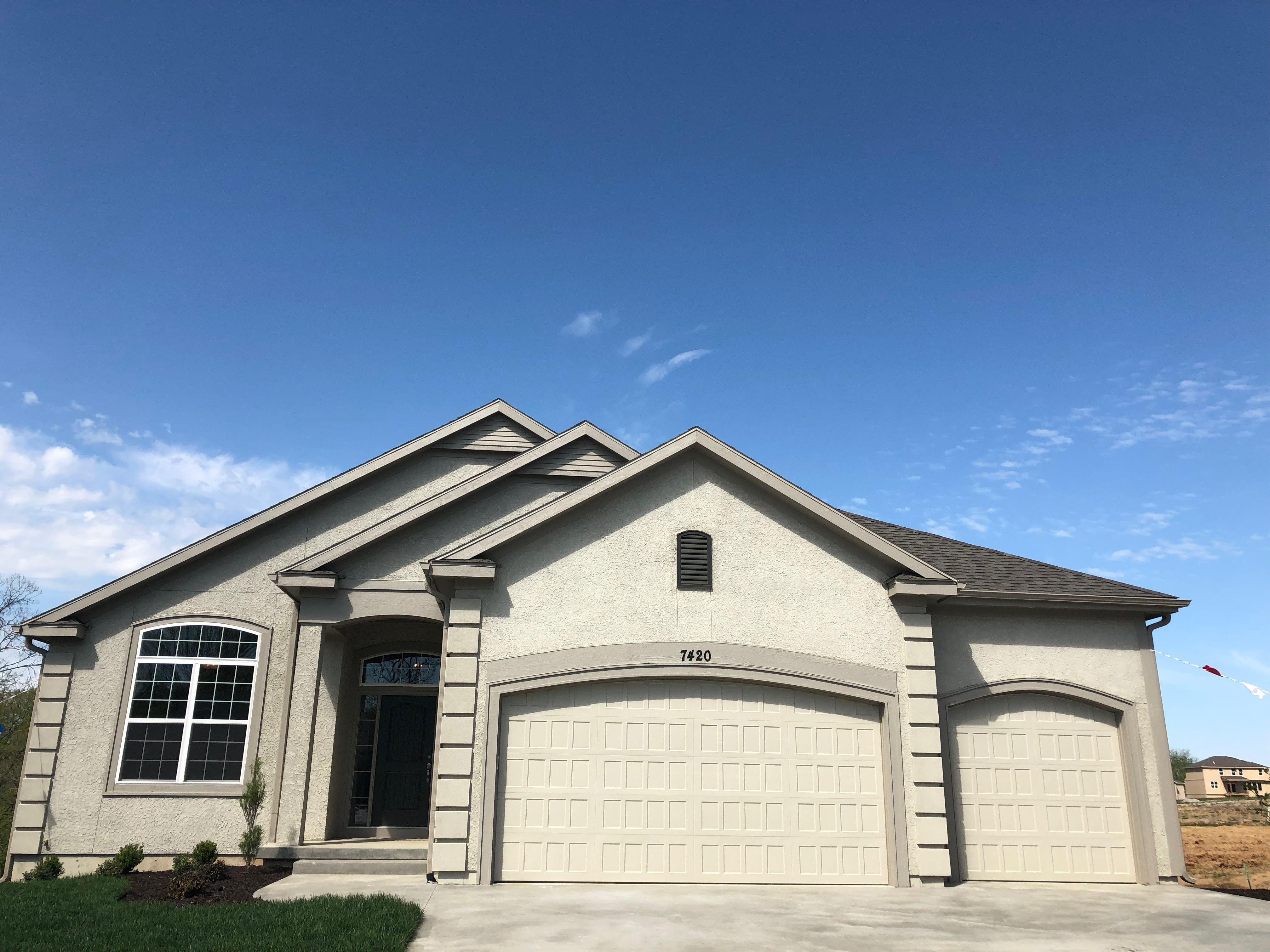 4 FRISBIE CARTER CUSTOM HOMES Communities in Kansas City, MO ...