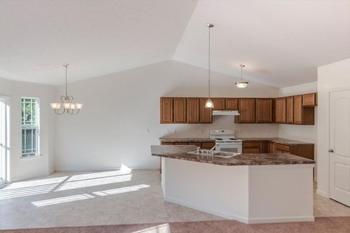 Kitchen-in-Ranch - Avondale-at-Carriage House-in-Rochester