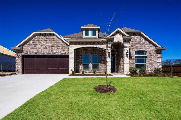 2205 Mountain Creek Court (Seville 2323 F), Wylie, Texas