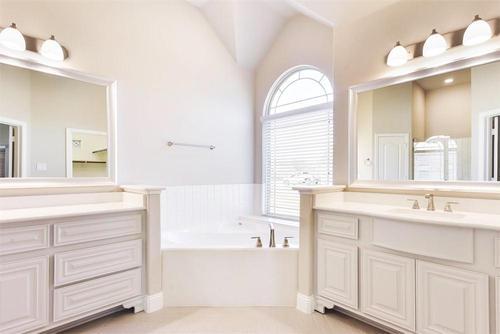 Bathroom-in-Pinehurst F-at-Valencia-in-Corinth