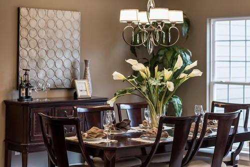 Dining-in-Wyndham - Heritage-at-Wyndgate Oaks-Heritage-in-Wentzville