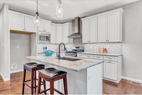 Kitchen-in-Ashland - Villa-at-Oakleigh Park - Villas-in-Saint Charles