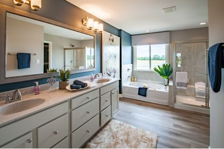 Merveilleux ... Bathroom In Foster At Shaker Run In Lebanon. View More Images ...