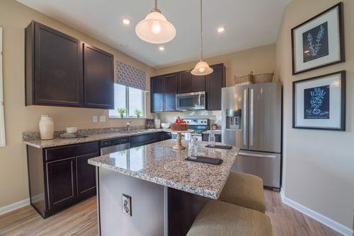 Kitchen-in-Greenbriar-at-Edenwood-in-Dallas