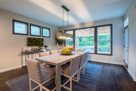 Dining-in-Paxton-at-Reserve at Meadowood-in-Crescent Springs
