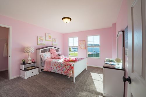 Bedroom-in-Denali-at-Meadow Glen-in-Independence