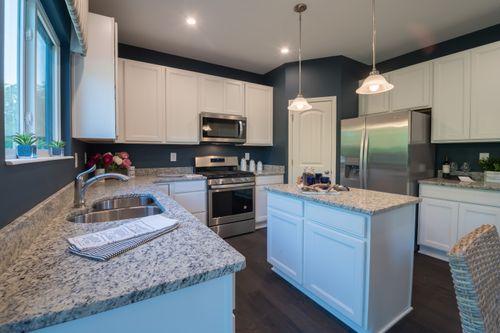 Kitchen-in-Cumberland-at-Edenwood-in-Dallas