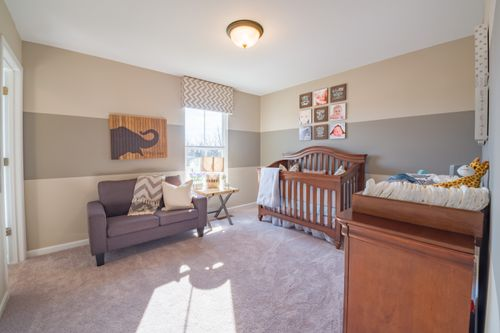 Bedroom-in-Cumberland-at-Meadow Glen-in-Independence