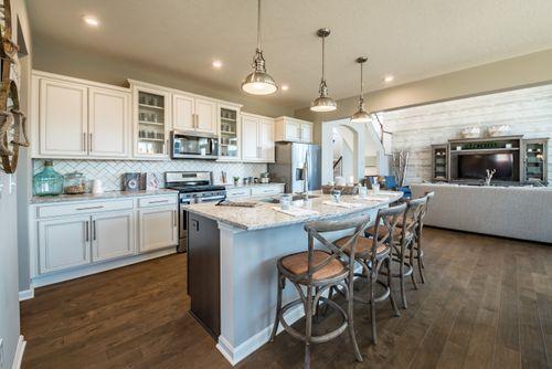 Kitchen-in-Grandin-at-The Springs-in-Springboro
