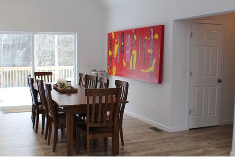 Dining-in-Lackawaxen-at-Forest Homes of Lake Wallenpaupack-in-Hawley