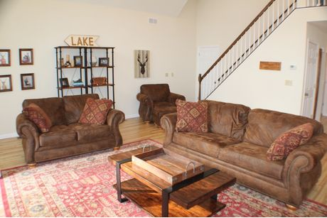 Greatroom-in-Hunter-at-Forest Homes of Lake Wallenpaupack-in-Hawley