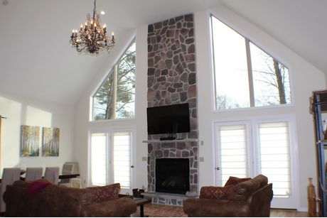 Greatroom-and-Dining-in-Hunter-at-Forest Homes of Lake Wallenpaupack-in-Hawley