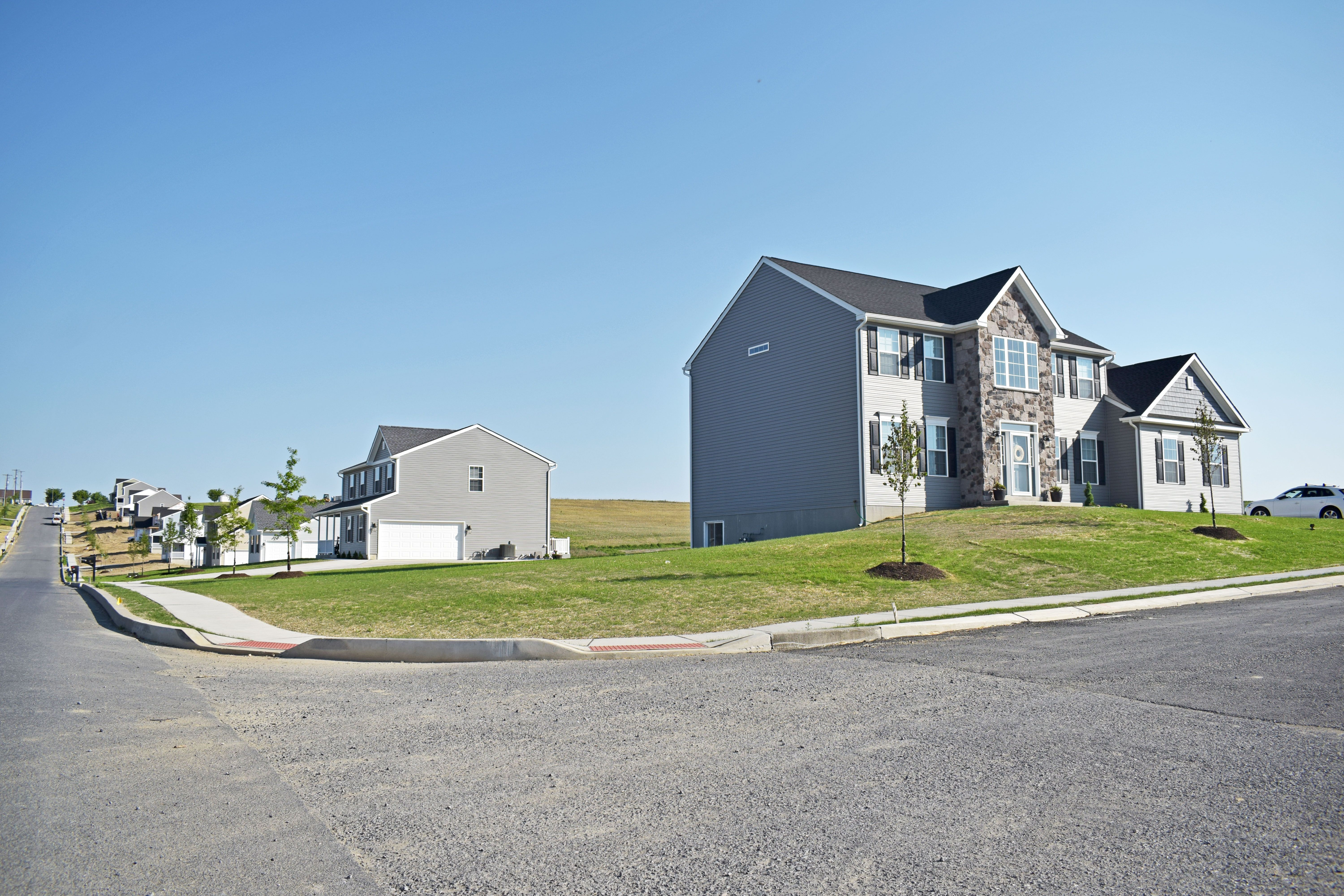 'McIntosh Farms II' by Forino Homes in Reading