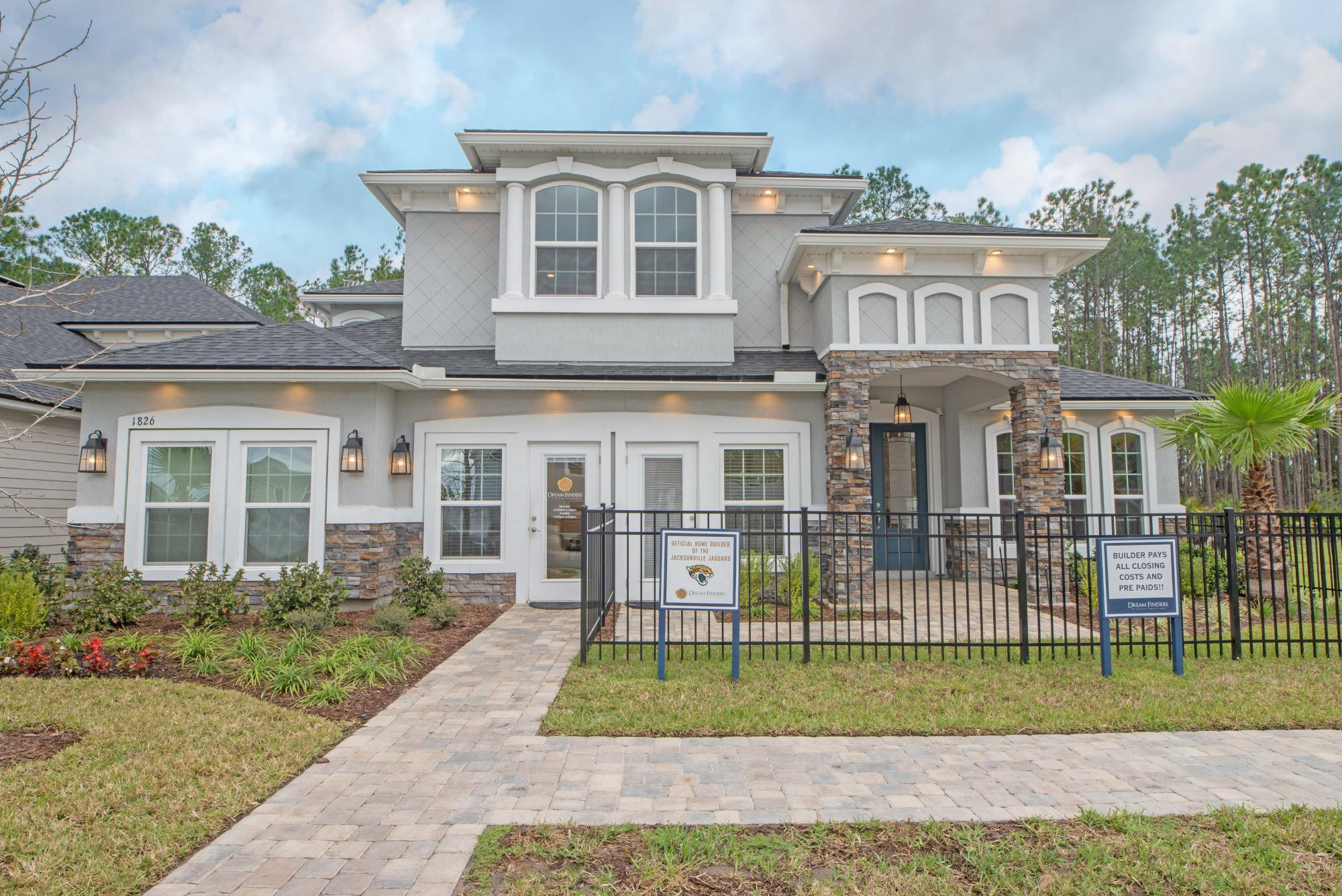 Boca ii by dream finders homes plan liberty hill texas for Liberty home builders