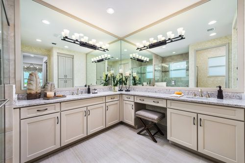 Bathroom-in-Palazzo-at-Valencia Cay at Riverland-in-Port Saint Lucie