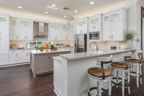 Kitchen-in-Caroline-at-Valencia Bonita-in-Bonita Springs