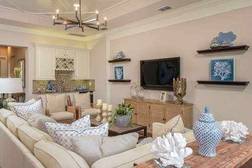 Greatroom-and-Dining-in-Palazzo-at-Valencia Lakes-in-Wimauma