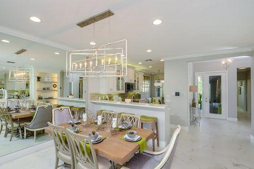 Kitchen-in-Columbia-at-Valencia Lakes-in-Wimauma