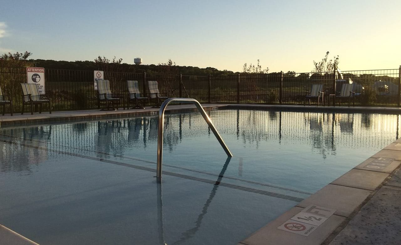 Carnegie Ridge Community Pool