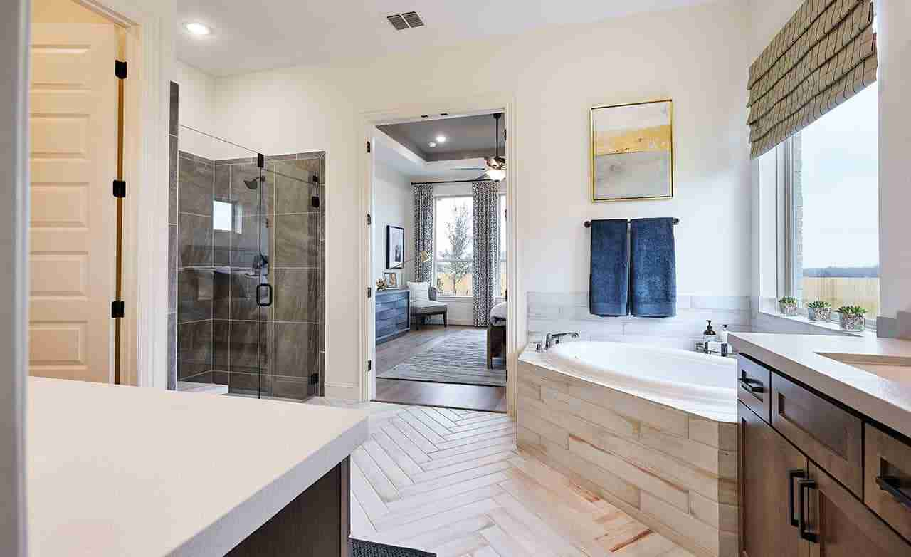 Princeton - Master Bathroom