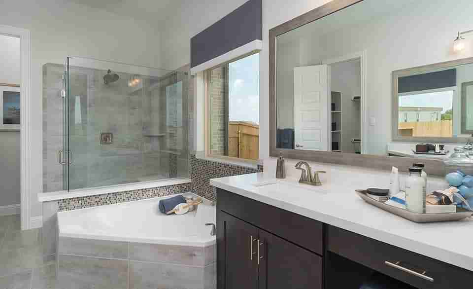 Magnolia – Master Bathroom