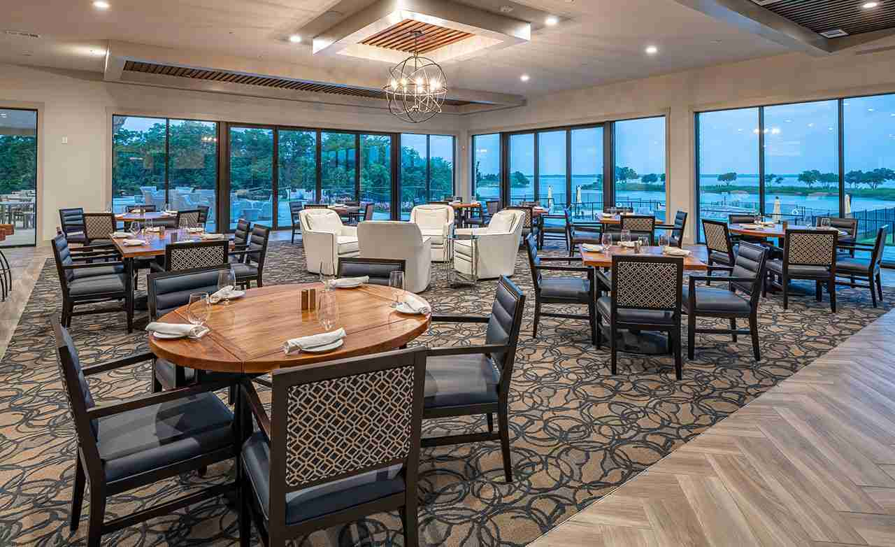 Heath Golf & Yacht Club Community Clubhouse