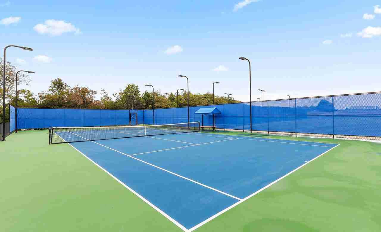 Heath Golf & Yacht Club Community Tennis Court