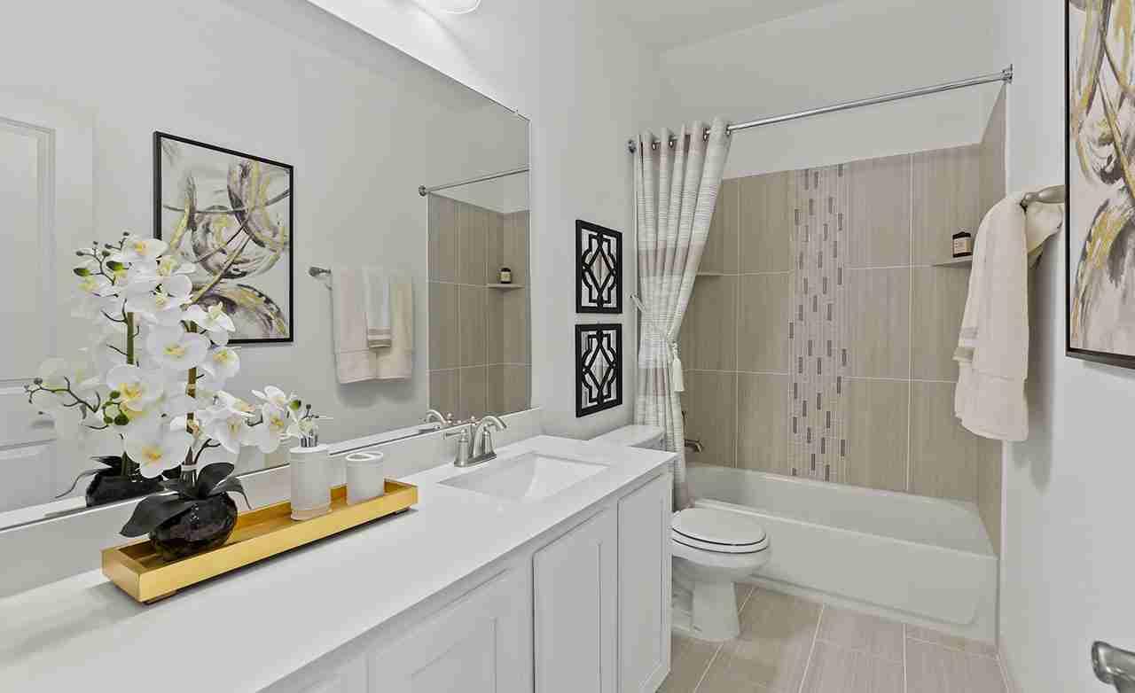 Rosewood - Secondary Bathroom