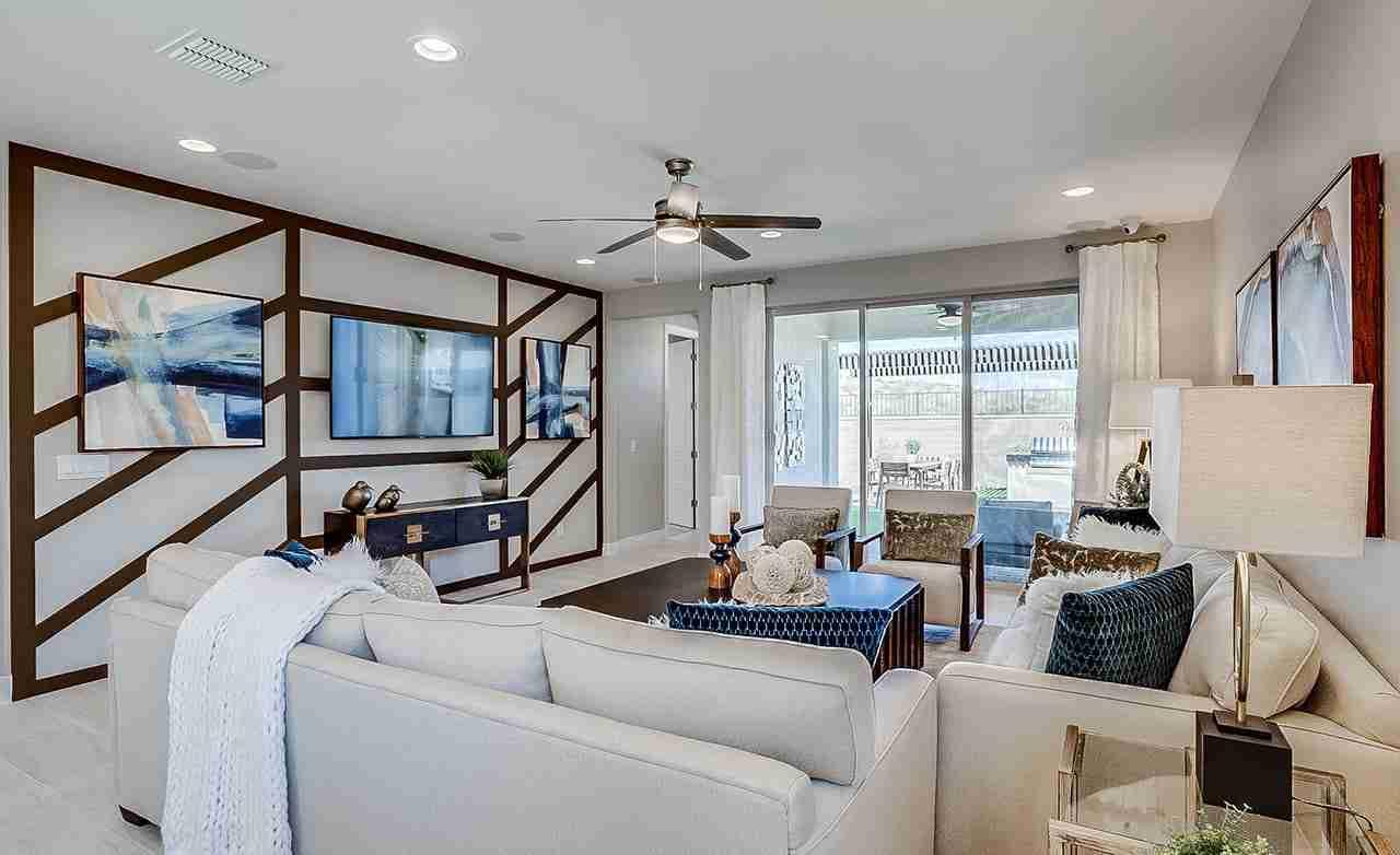 Manzanita - Family Room