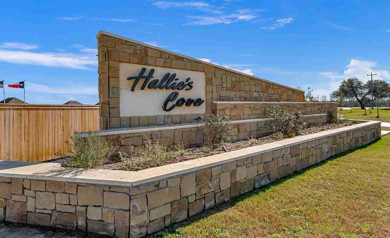 Hallie's Cove Community