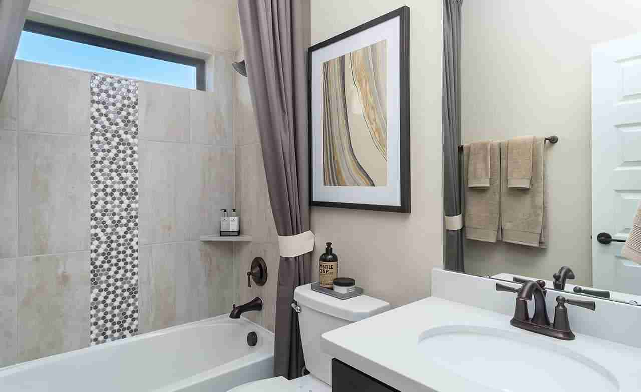 Rosewood – Secondary Bathroom