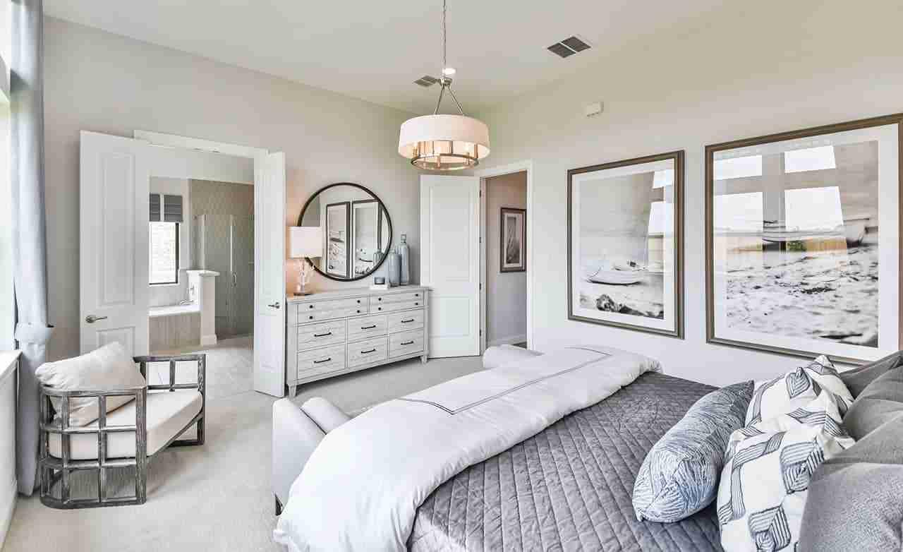 Oleander – Master Bedroom