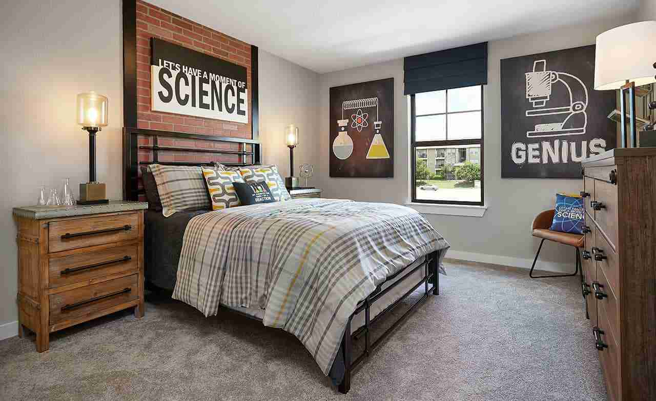 Yosemite F – Secondary Bedroom