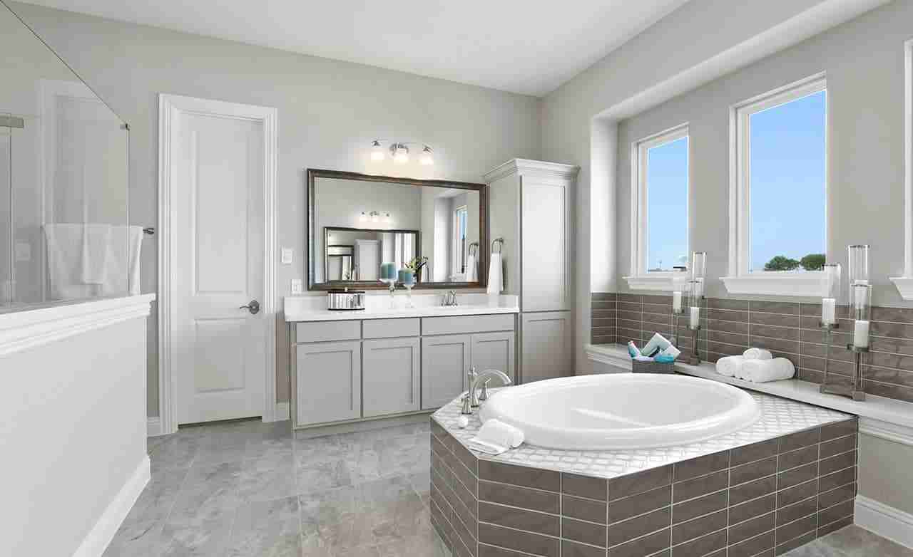 Villanova – Master Bathroom