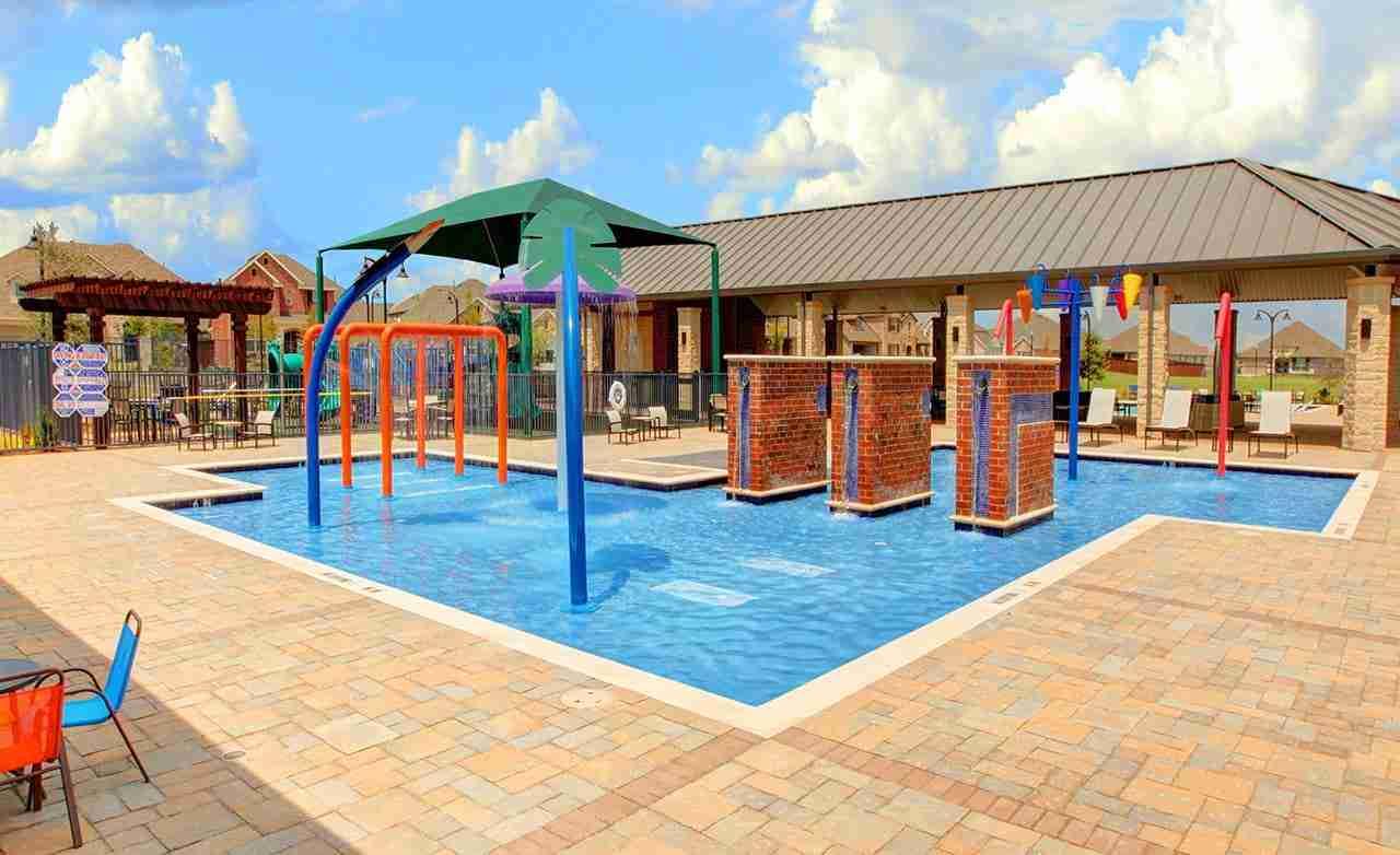 Gateway Parks Community Pool