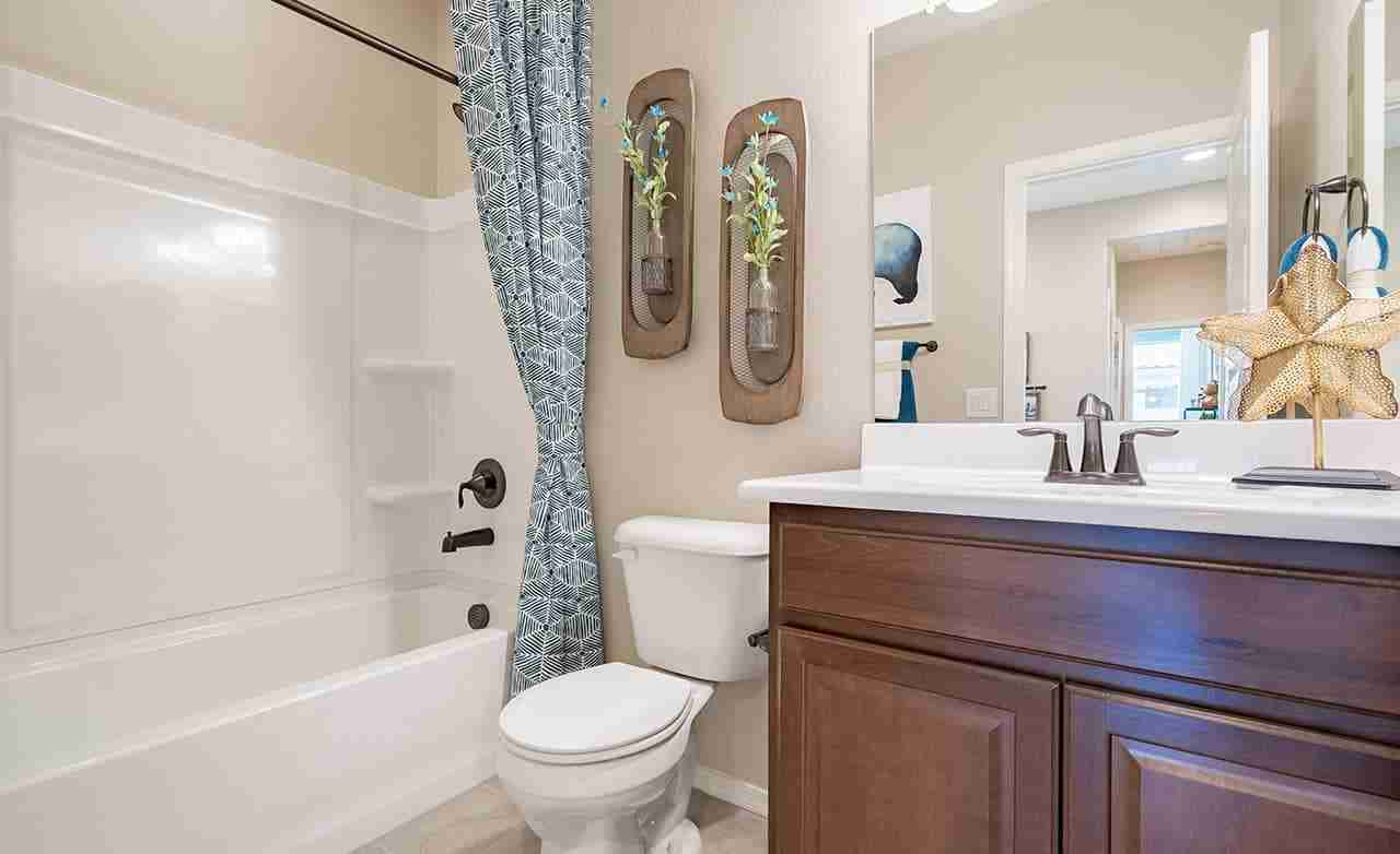 Alegranza – Secondary Bathroom