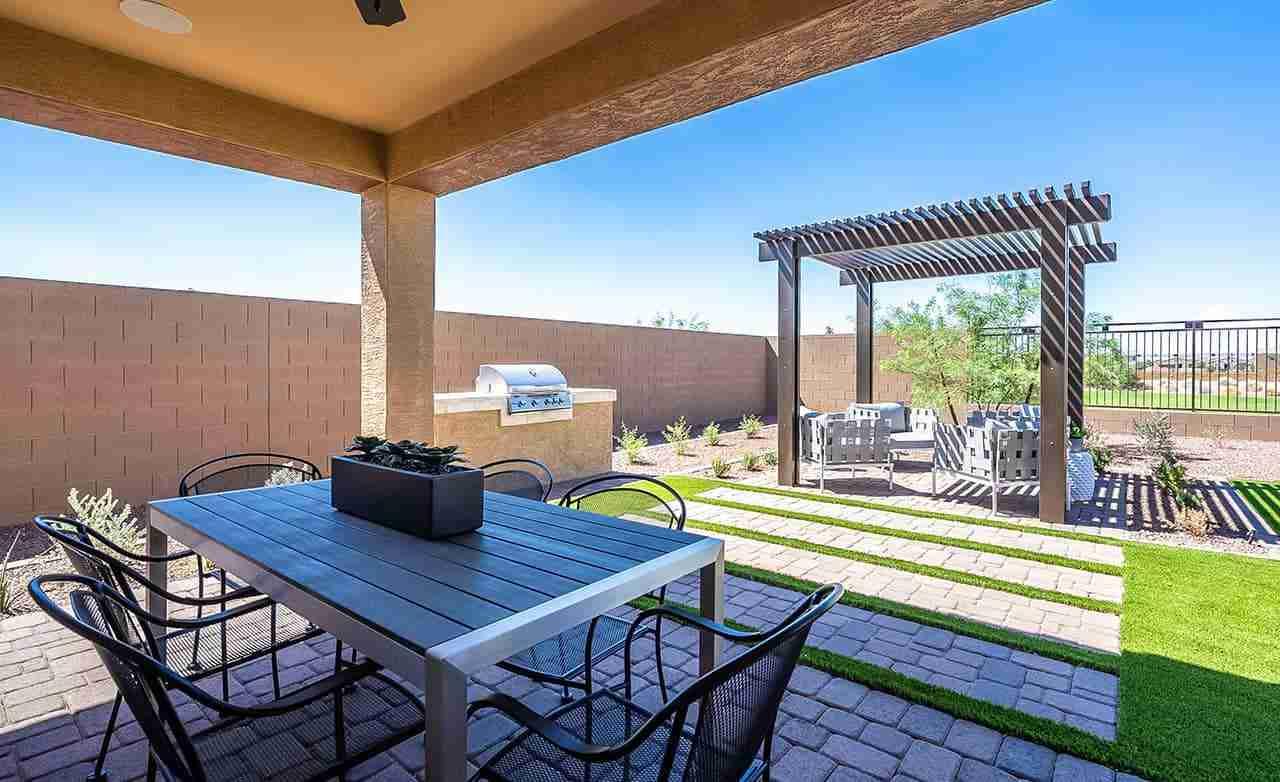 Bluebell – Backyard Patio