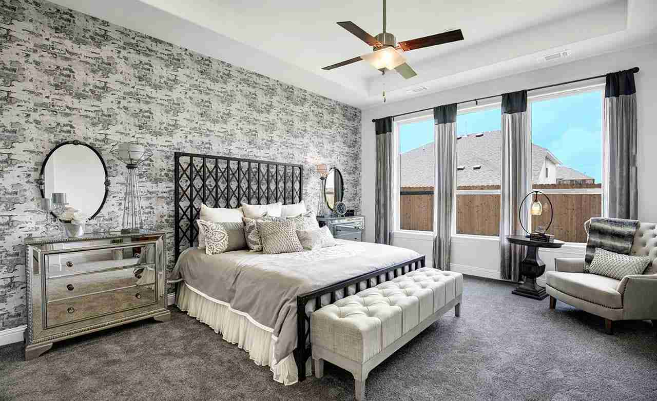 Yale – Master Bedroom