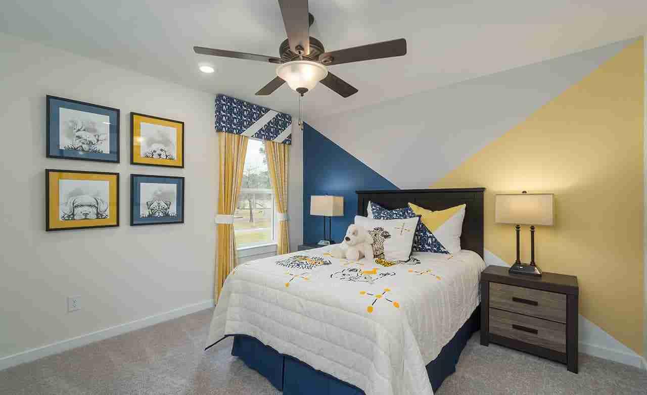 Latitude – Secondary Bedroom