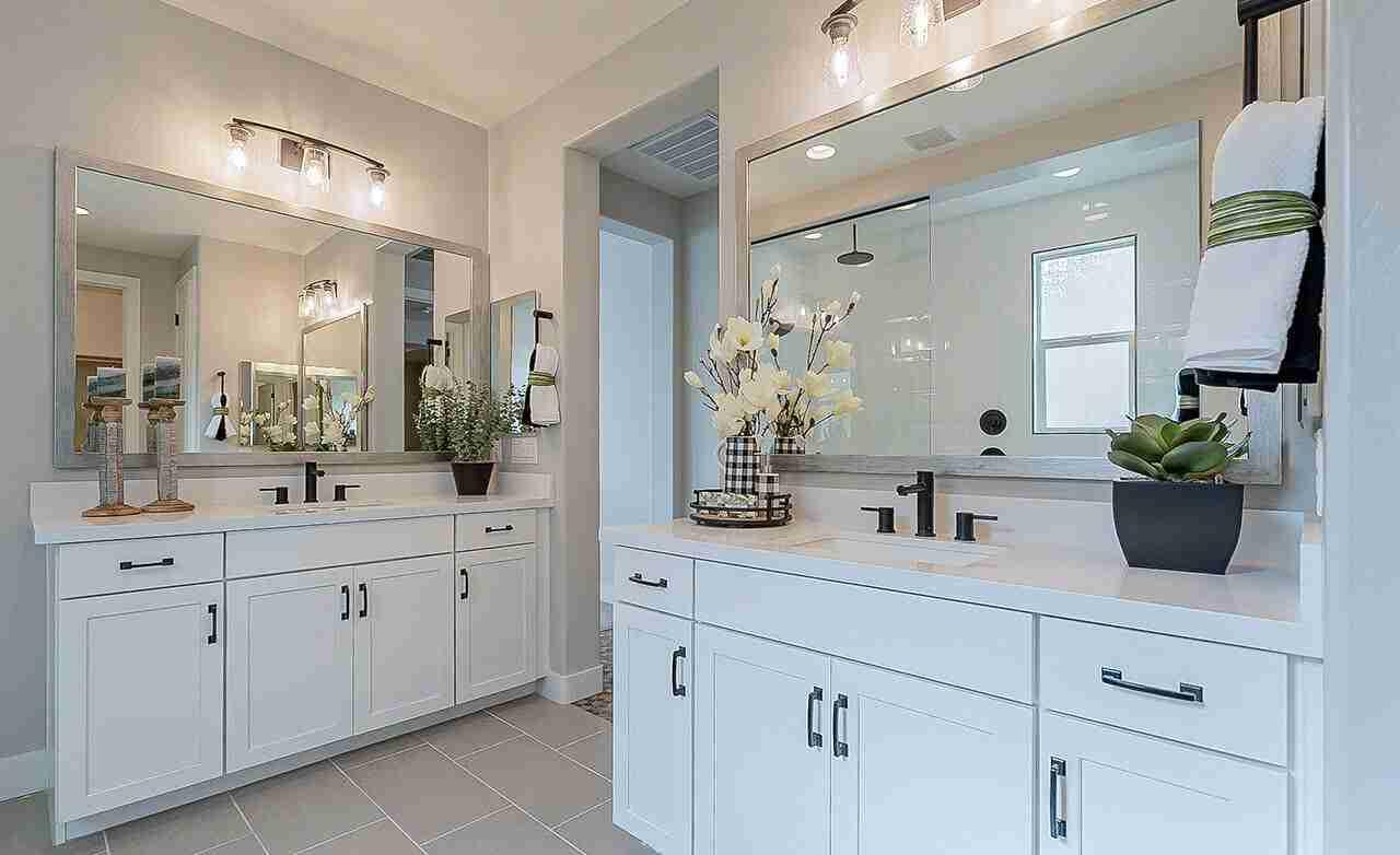 Belice – Owner's Bathroom